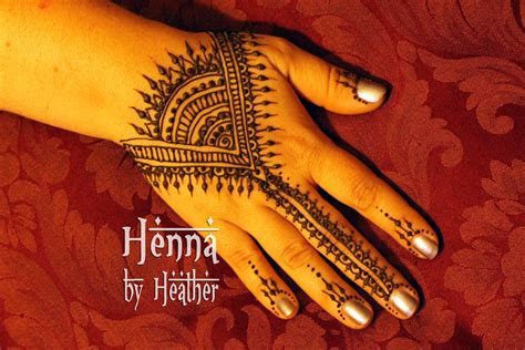henna tattoo hand how to non dominant henna practice tips artistic adornment