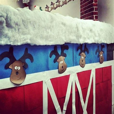 cute reindeer stable easy to make reindeer heads with
