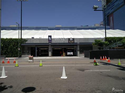 la live west garage parking in los angeles parkme