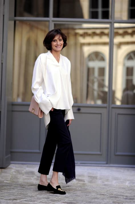 33 reasons why you must keep visiting paris telegraph parisian style tips 9 reasons why french women do it