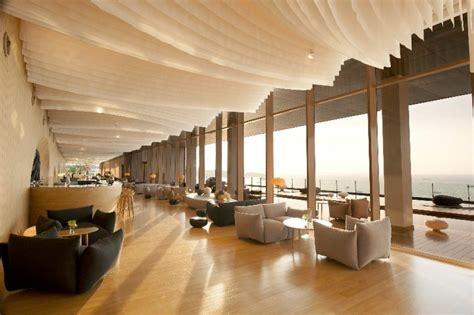 Kitchen Centre Island Designs hilton pattaya thailand lobby