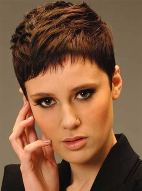short pixie haircut with a short fringe and lovely cutting 2013 short trendy hairstyles short hairstyles 2017