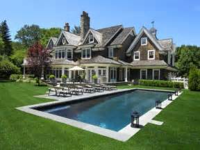 new style homes traditional home on pinterest dutch colonial traditional exterior and shingle style homes