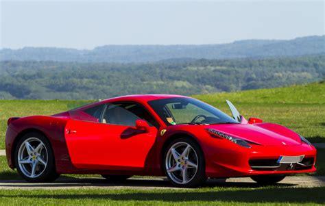 Ferrari Fahren Geschenk by Ferrari Selber Fahren In M 246 Mbris Als Rasantes Geschenk