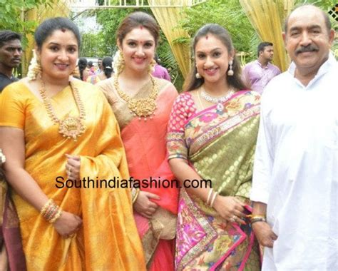 tamil actor sridevi vijayakumar vijayakumar family photos www pixshark images