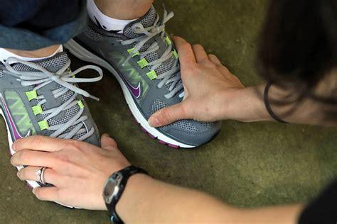 proper fit for running shoes chicago marathon running shoes tribunedigital chicagotribune