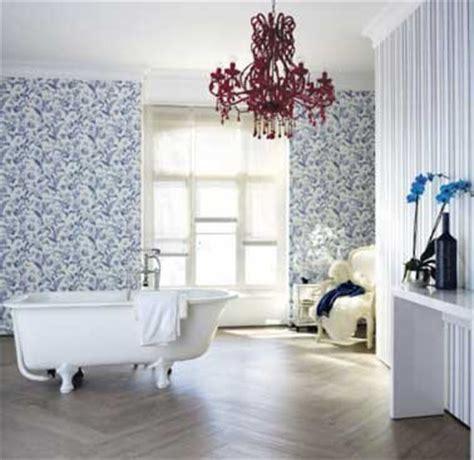 Impressionnant Creer Sa Salle De Bain #3: salle-de-bain-ambiance-cosy-avec-vinyle-imitation-parquet.jpg