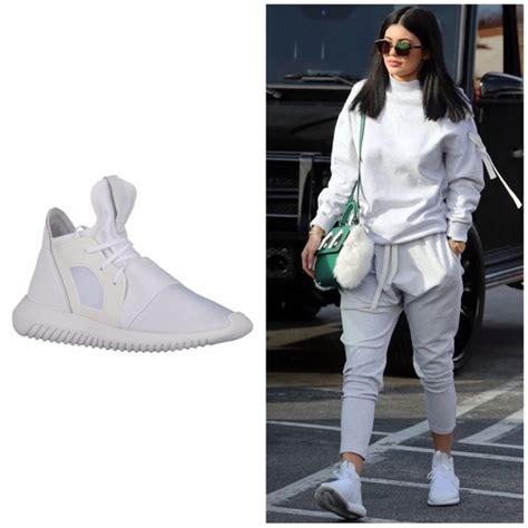 Harga Adidas Tubular Invader best adidas tubular all white 2ae6e fdb72