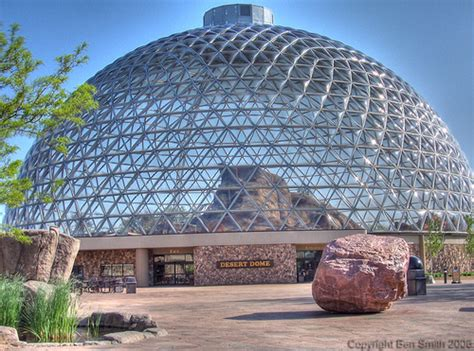 Henry Doorly Zoo Omaha Nebraska by Omaha Zoo S Desert Dome This Is The Desert Dome At The