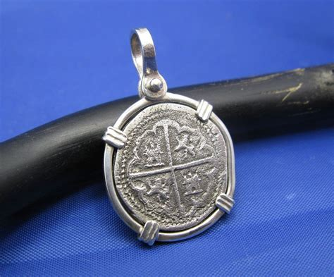 1 reale pirate shipwreck coin replica pendant