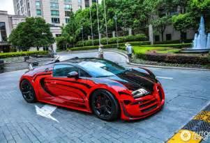 Bugatti Veyrons Bugatti Veyron 16 4 Grand Sport Vitesse L Or 13