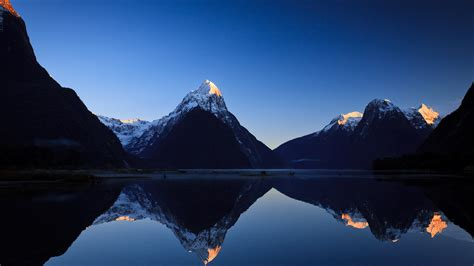 fjord in new zealand milford sound a fjord in south west new zealand fragments