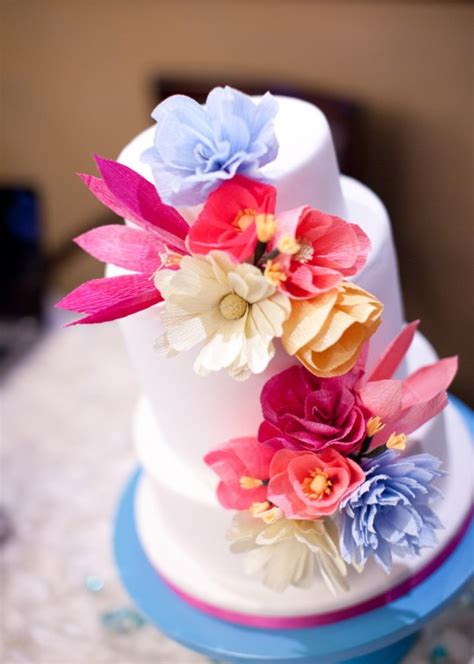 How To Make Paper Flowers For Weddings - memorable wedding using paper flowers in your wedding theme