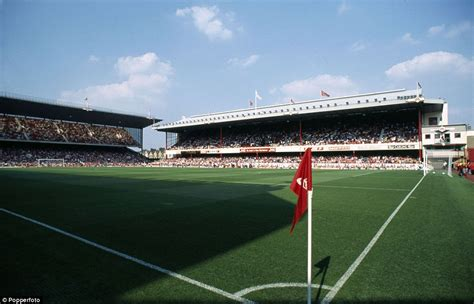 arsenal home ground football grounds then and now from highbury to roker