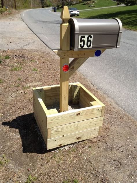 mailbox planter for the new home