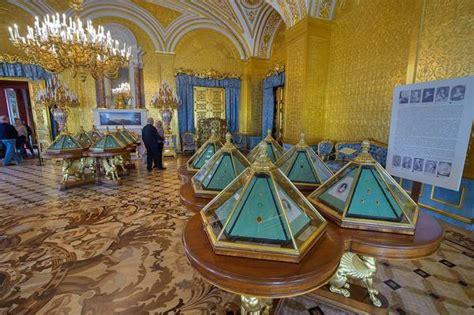 hermitage museum gold room slideshow 1252 24 gold drawing room in hermitage museum petersburg russia