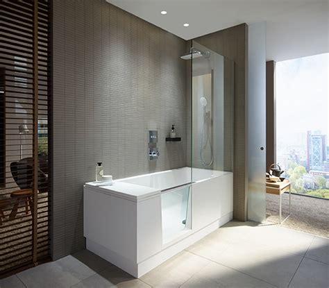 dusche in badewanne duravit walk in dusche und badewanne in einem haustec