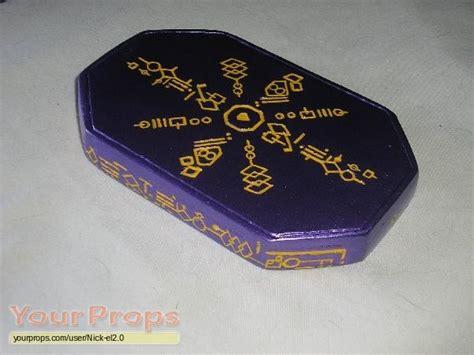 Smallville Replica Kryptonite Box by Smallville Brain Interactive Construct Drive Replica