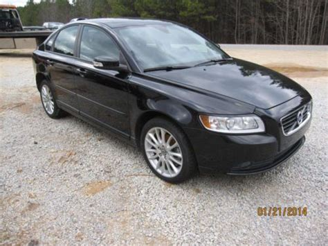 sell   volvo   sedan  salvage light interior burn rebuildable wrecked