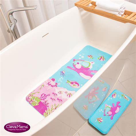 Toddler Bath Mat by 35 Creative Bath Mat Ideas Towards A Great Bath Space