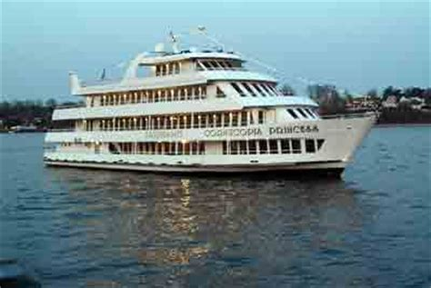 dinner on boat nj new jersey boat tours and cruises