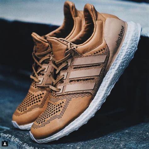 Terbatas Terlaris Sepatu Kets Adidas Running Sport Pria Asli 1000 ide tentang adidas ultra boost di sepatu kets pria sepatu pria dan