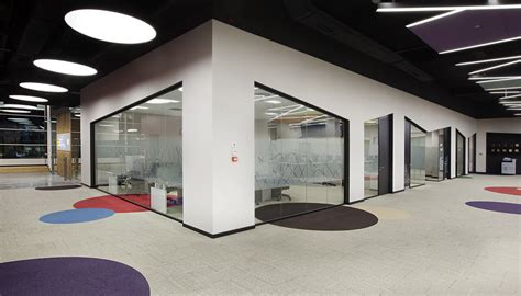 office modern design office vinyl carpet tiles flooring in dubai dubai interiors