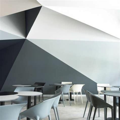 Nice Salon Gris Et Rose Pale  #5: Peinture-glyc%C3%A9ro-mur-blanc-gris-gris-fonc%C3%A9-chaise-grise-sol-lino-beige.jpg