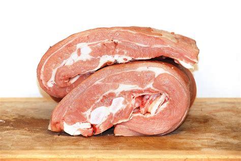 cuisiner poitrine de veau poitrine de veau de lait sous la m 232 re boucherie trolliet