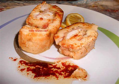cucinare pollo ripieno petto di pollo ripieno con scamorza affumicata e