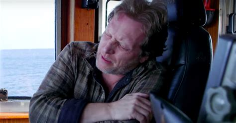 capt sig hansen responds to qa on heart attack deadliest catch s captain sig hansen suffers heart