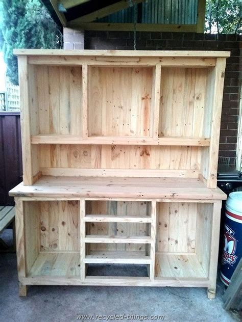 kitchen wood furniture diy projects with wooden pallets recycled things