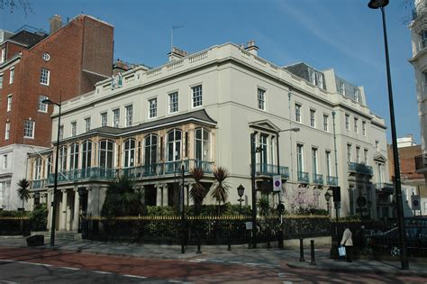 buy london house 163 200 million qatar emir s luxury mansion set to become britain s priciest property