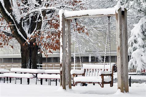 winter wonderland swing 187 snow swing