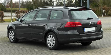 volkswagen golf variant 2011 file vw passat variant 2 0 tdi bluemotion technology
