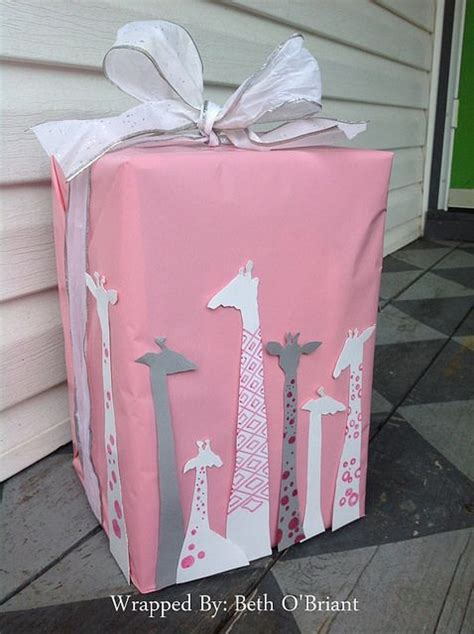 Creative Baby Shower Gift Wrapping Ideas by 25 Best Ideas About Baby Shower Wrapping On