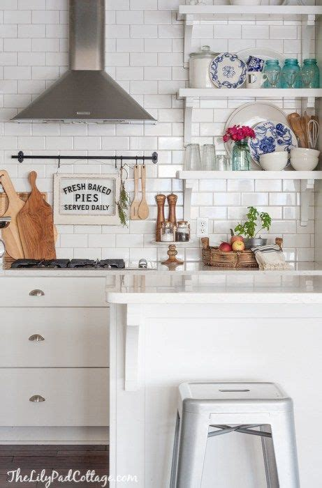 kitchen shelves vs cabinets 1000 ideas about upper cabinets on pinterest cabinets