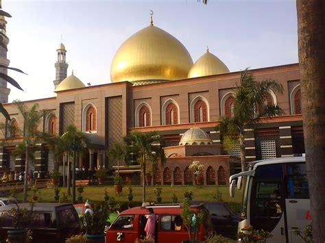 wallpaper masjid kubah emas masjid kubah mas depok indonesia ibadah haji dan umrah