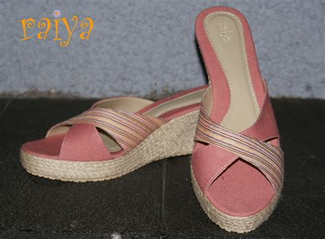 Sandal Sepatu Sandal Wedges Glossy Wedges Silang Kilap Mocca raiyabutik ethnic handbags footwear