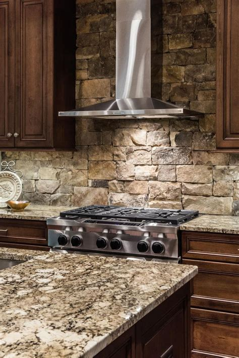 stone kitchen backsplash best 25 stone backsplash ideas on pinterest stacked