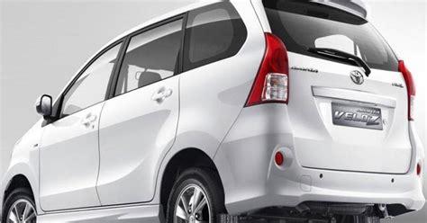 Rumah Lu Depan Mobil Avanza gambar mobil avanza gambar gratis
