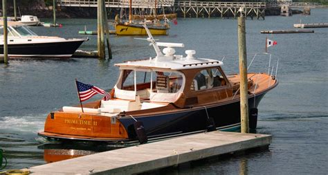 hinckley picnic boat nantucket hinckley motor yachts impremedia net