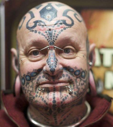 horrible face tattoos horrible tattoos 30 pics izismile
