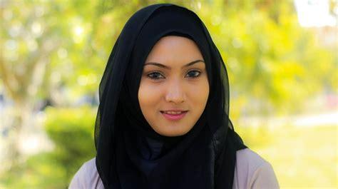 tutorial hijab paris simpel untuk sehari hari tutorial hijab paris segi empat yang mudah dan cantik