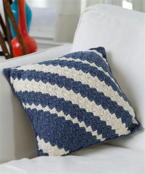 crochet zig zag pillow pattern the pinwheel or zigzag pillow is a classic crochet project
