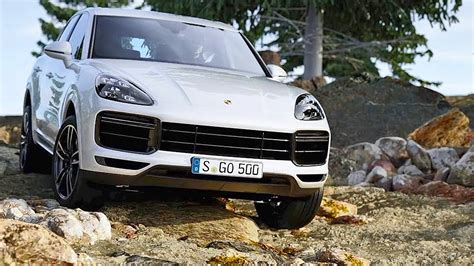 Porsche Cayenne Features by Porsche Cayenne Turbo 2018 Features Driving Design