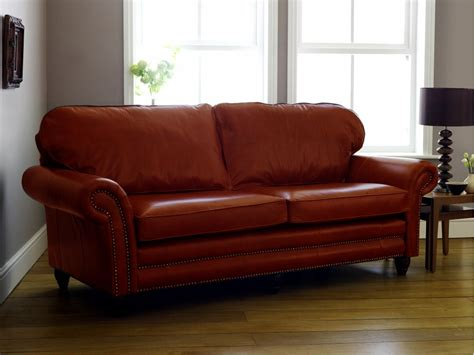 Canterbury Leather Sofa The Chesterfield Company How To Buy Leather Sofa