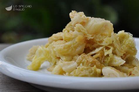 come cucinare la verza in padella come si cucina la verza in padella ricette popolari sito