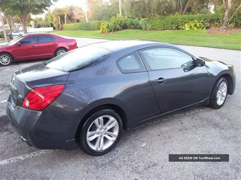 nissan altima 2 door sport 2010 nissan altima s coupe 2 door 2 5l