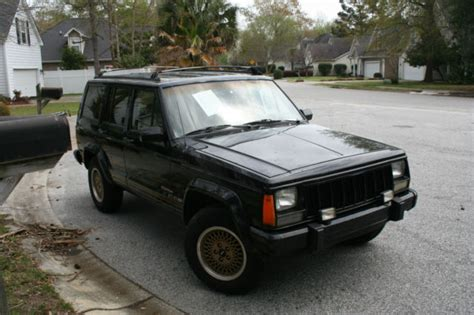4wd Low Jeep Grand 1992 Jeep Limited 4wd One Family Owned 111 000